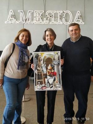 Fiona recibe el cuadro de JM Esteban